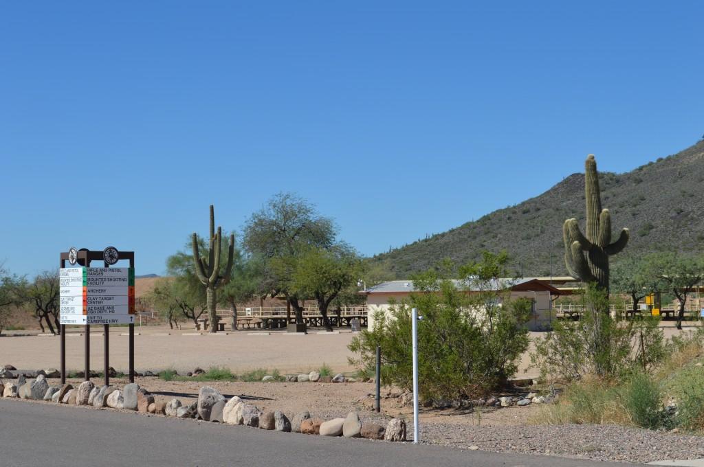 BA-Facility,Sign,Cactus